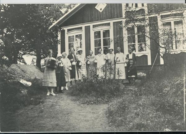 Fisksätra holme midsommar 1926-9.jpg
