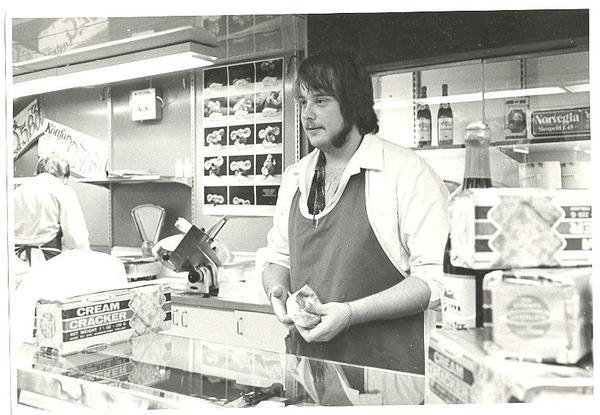 I Fisksätra Provisorisk ICA affär 1973 3 Fotogruppen Kent Dahlin.jpg
