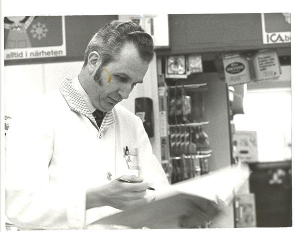 Provisorisk ICA -affär Förestånderen 1973 photogruppen Kent Dahlin.jpg