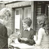 Gårdsfest på Sikgatan 1974-2.jpg