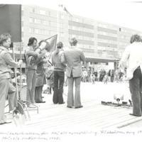 Solidritetsrörelsenför Nej till hyreshöjning FisksätraTorg1975-2.jpg